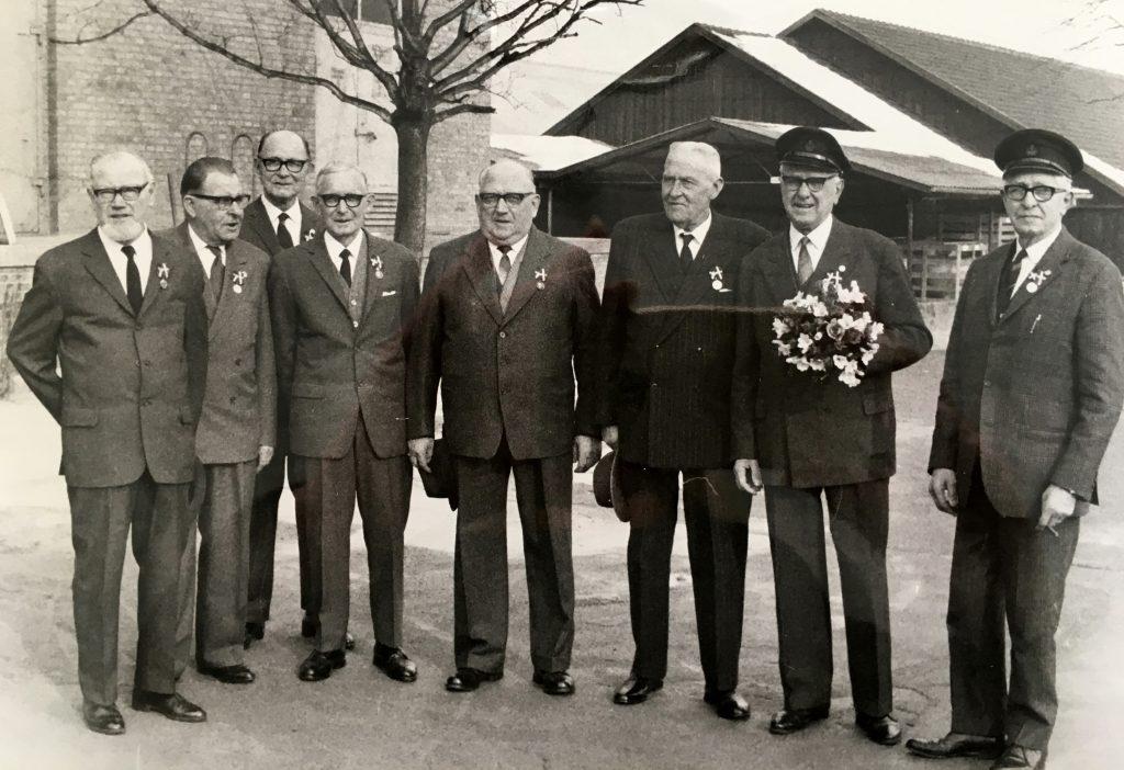 besoeg-af-tronfoelgerparret-i-1970